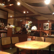 四谷のジャズ喫茶「い…