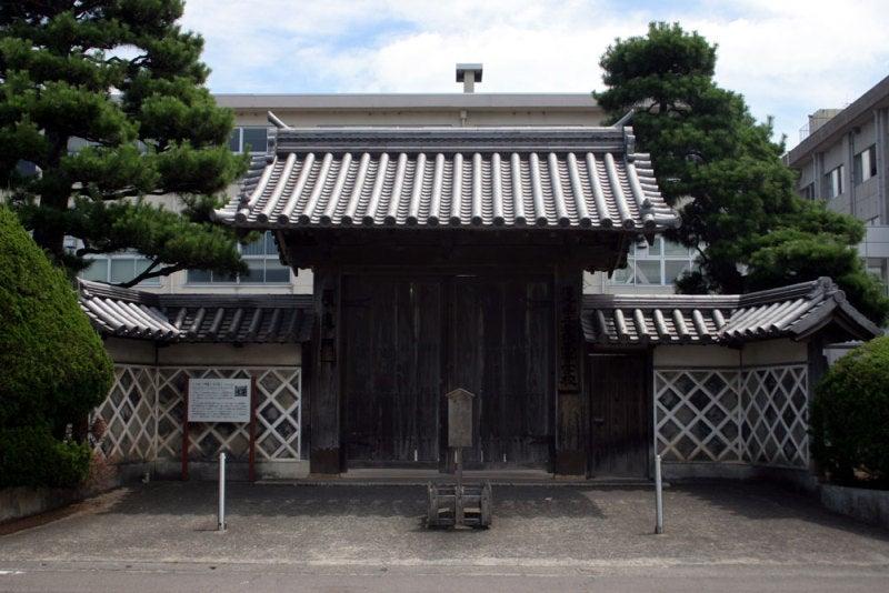 小浜城/08藩校の移築門