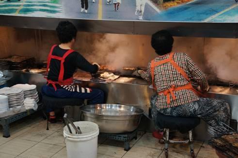 韓国旅行 豚(デジ)カルビ