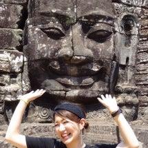 カンボジア女子大生一…