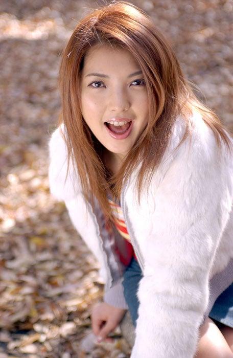 相馬茜(そうま あかね)のグラビア画像20枚【グラビア画像