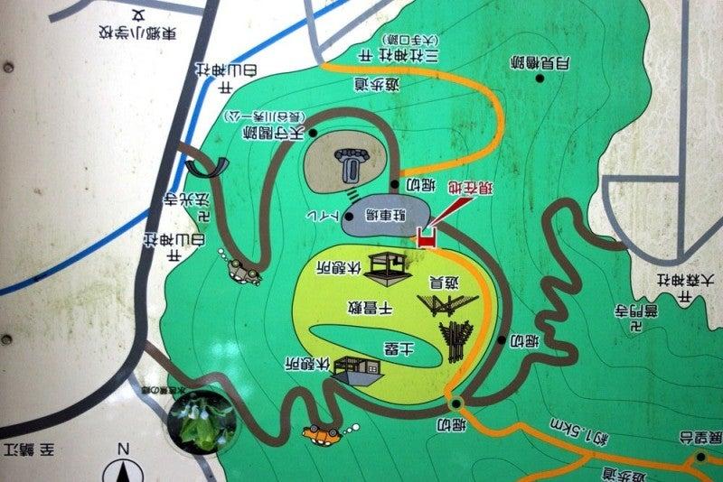東郷槇山城/02案内図(北が上)