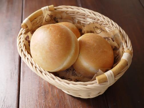 りんごジャムパン01