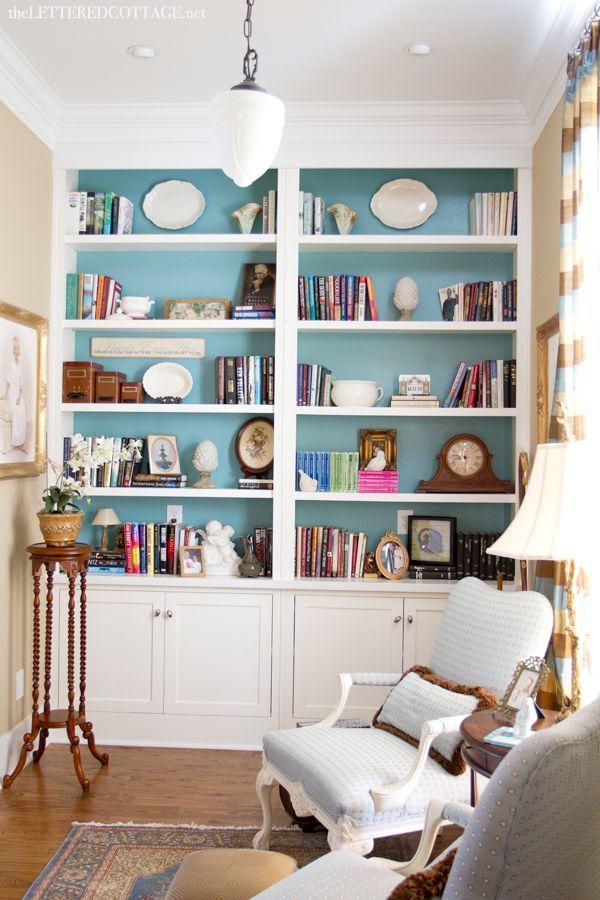 壁一面収納・本棚のあるおしゃれな部屋14 シドニー発デザイナー流のライフスタイル・ブランディング