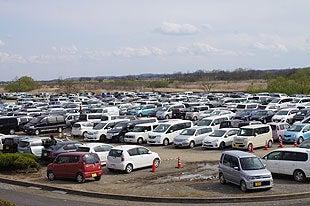 駐車場は満車でしたが5分待ち程度でした