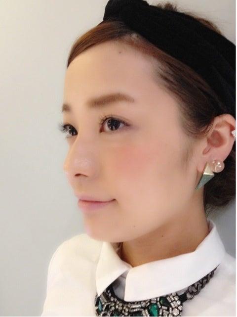 小松愛唯の横顔画像