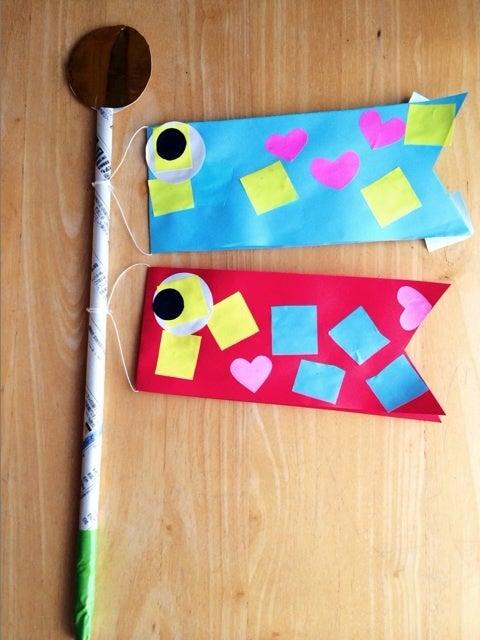 3歳のH ちゃんとこいのぼり製作♪ハサミとのりを使ったよ♪|岡崎市のチャイルドマインダー☆竹谷友里の  「おうち保育ルームてくてく♪」託児・ベビーシッター・