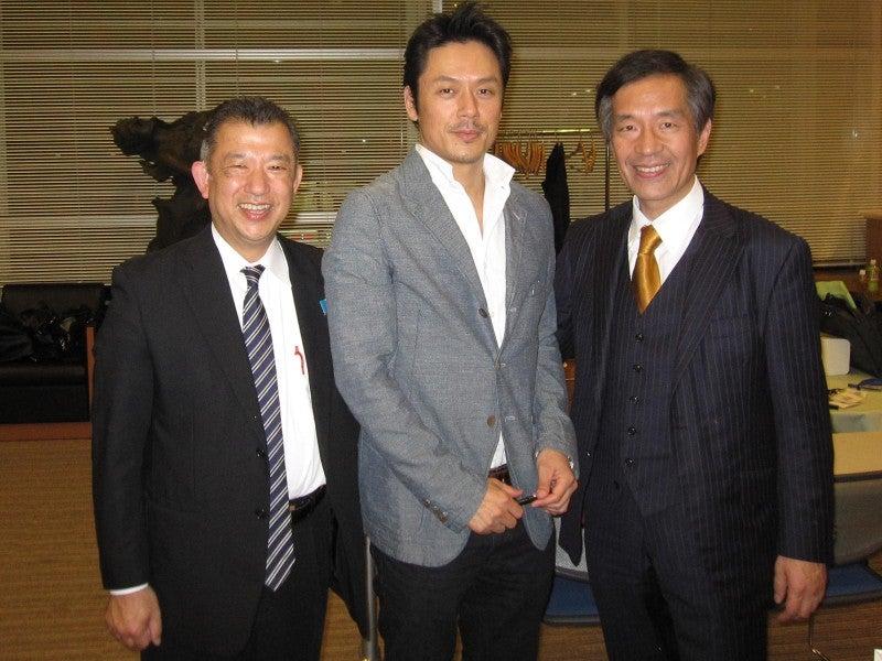 「命のビザを繋いだ男 小辻節三とユダヤ難民」  俳優の山田純大さんの思いを応援します!