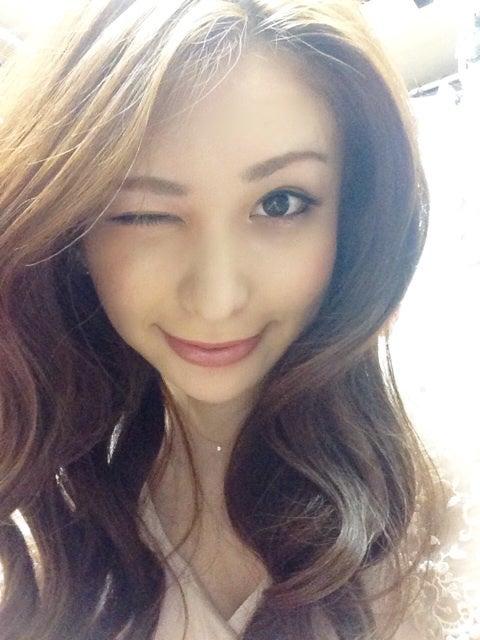 横浜・関内 ニューハーフショークラブ -LOVE'S YOKOHAMA-