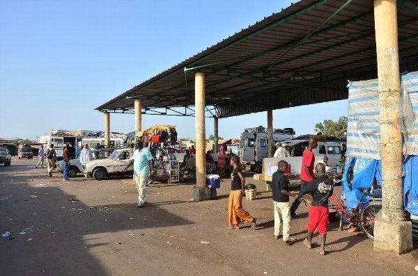 ギニアビサウに入国!! ~ Bissau in Guinea Bissau ~ | 男38歳旅 ...