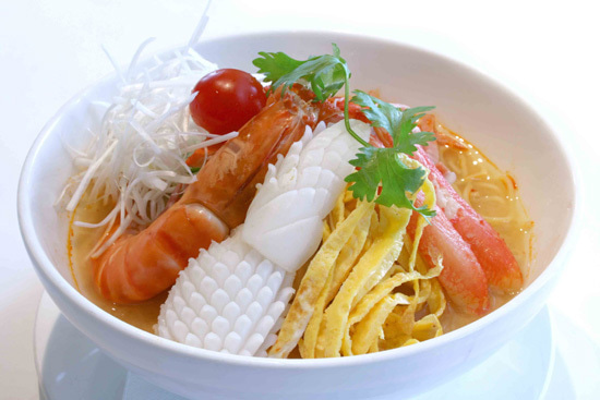 海鮮トムヤム冷麺