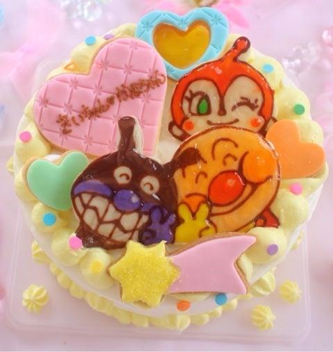 アンパンマン バイキンマン ドキンちゃん ケーキ