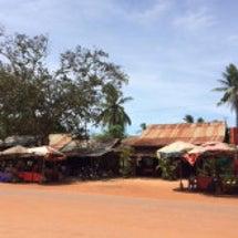 夏、カンボジアは常に…