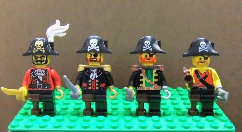 LEGO 我が家のLEGOミニフィグ紹介!!! ① ~海賊船長たち~