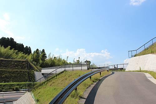 国府関跨道橋