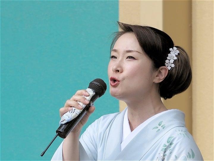 15上杉香緒里さん