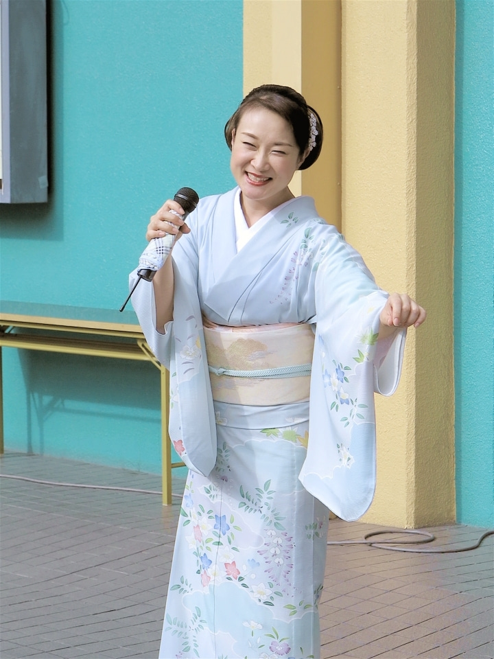6上杉香緒里さん