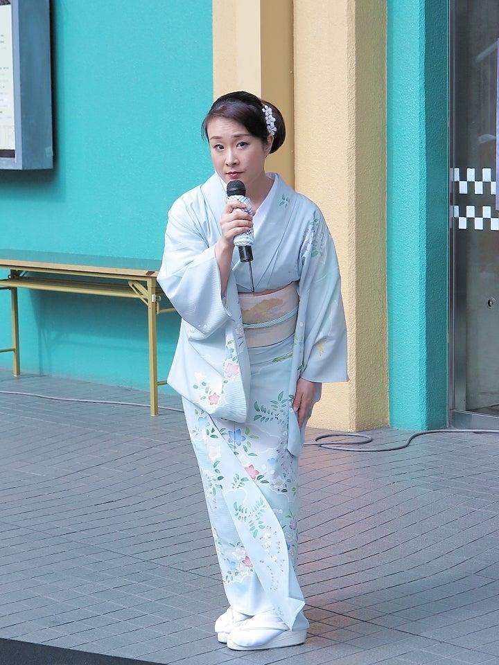 12上杉香緒里さん