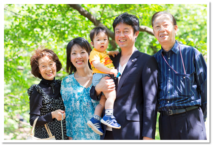 【満員御礼!】11月開催!写真家 河野鉄平氏による家族写真撮影会(代々木公園)の記事より