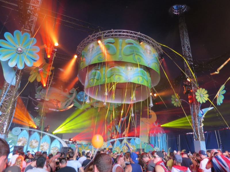 Tomorrowland2-2