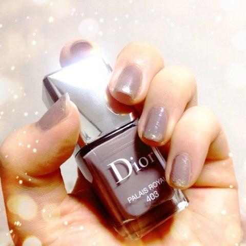 Dior〜レディなディオールの世界〜スモーキーで女らしいグレーネイル|ショコラの美容とコスメ写真のブログ♡香る品格と綺麗のオーラを纏う