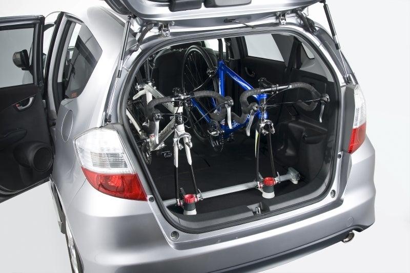 Honda フィット 1300cc - 自転車が楽に載る小型車 - その2 自転車けんちゃん