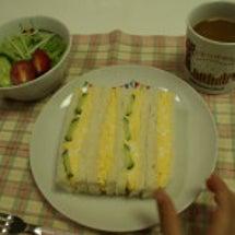 朝食のたまごサンド&…