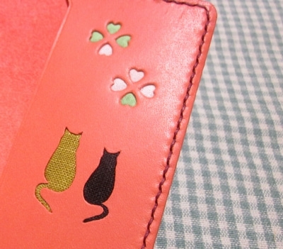 ピンク革のカードケース