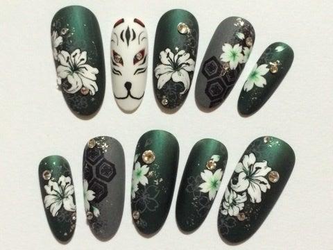 亀甲紋 狐面 ユリ 桜 緑×灰色 マット 和柄ネイルチップ