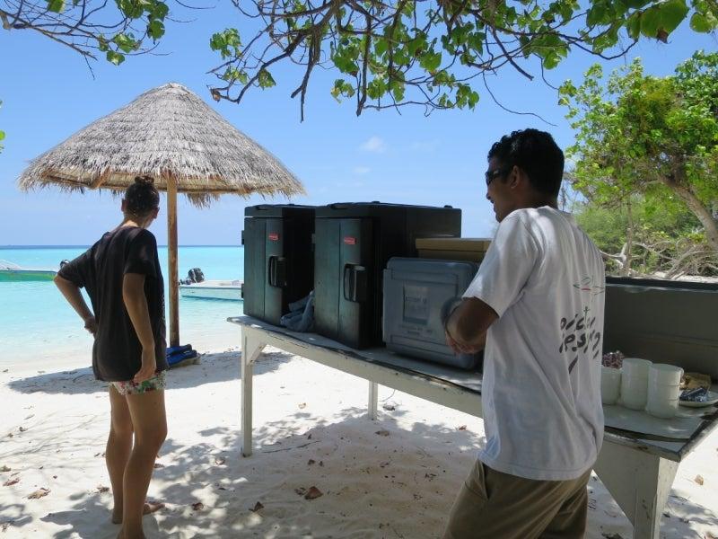 Maldives3-3