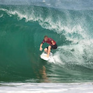 Medina, Slater and Fanning Lead World's Best Surの記事より