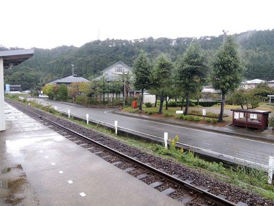 e10177/大糸線・姫川駅
