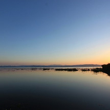 猪苗代湖。