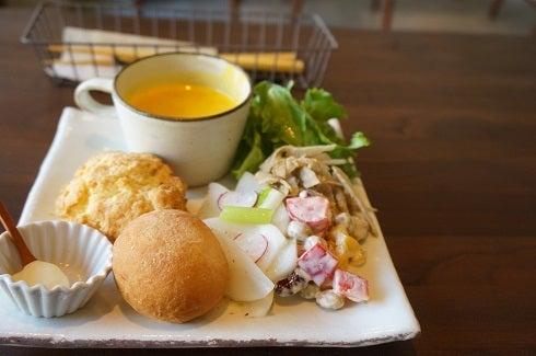 松原 Patisserie Cafe aminchi スコーン