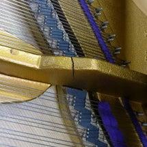 ピアノのフレーム折れ…