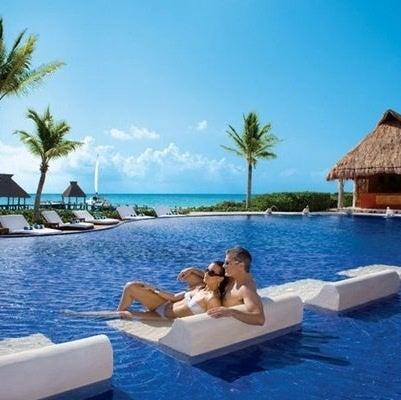 「最高級 リゾートホテル 海」の画像検索結果
