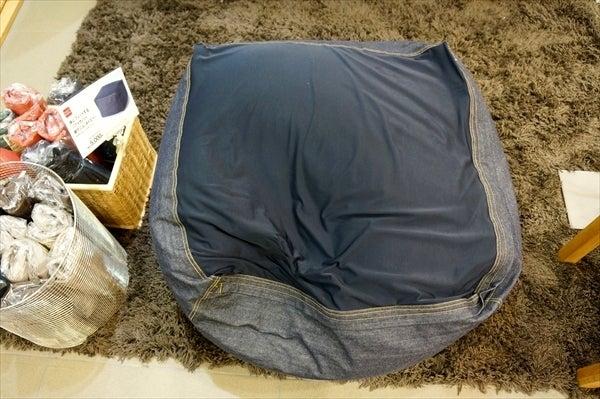 無印良品と体にフィットするソファとFKソファのインテリア実例