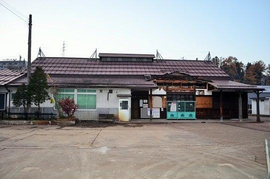 JR飯山線旧飯山駅取り壊し作業が...