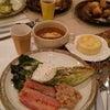 うちカフェ イングリッシュマフィン&焼きレタスサラダ オニオンスープの画像