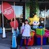 東京スカイツリーの展望デッキでスカイツリーの影とパチリ(*^o^*)の画像