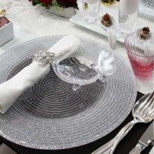 銀のラメ入り大皿