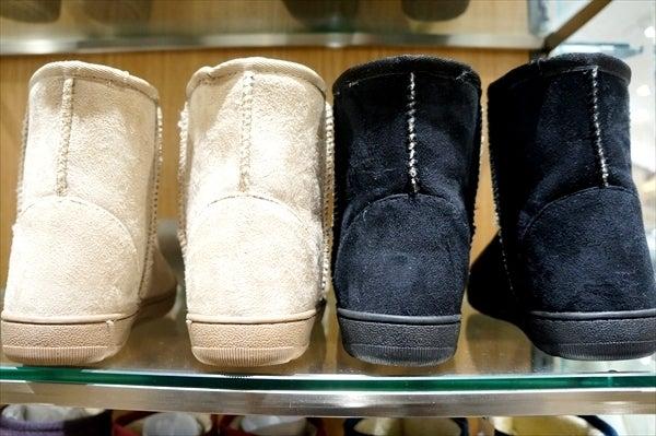 シンプルで綺麗なフォルム無印らしいデザイン ブーツのかかと