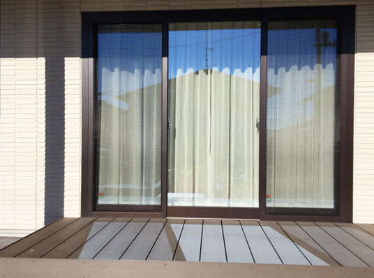 3枚窓のカーテン | さかなの波紋...