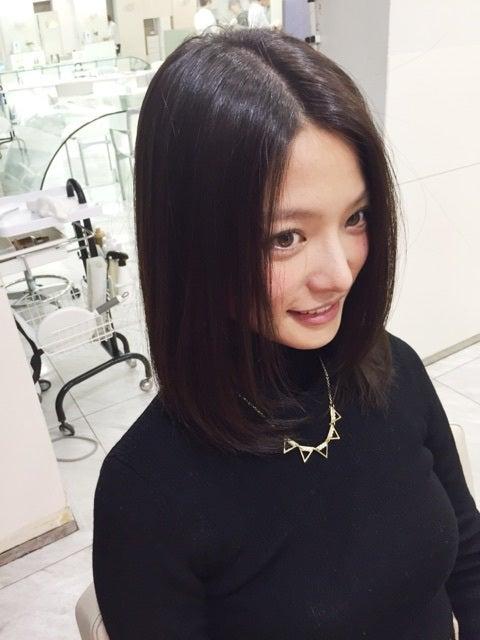 上田眞央の横顔画像