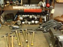 サイズも形も様々な道具類