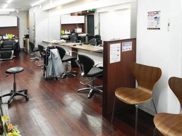 美容室 Black Biz (ブラックビズ) 新宿店 店内