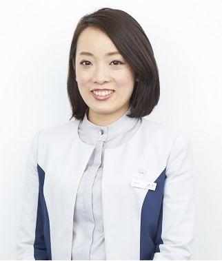 突撃!スタッフインタビュー 美容部員 編