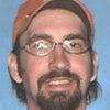 ▼唸声米国映像/親類を7名射殺して自殺した36歳の男の画像