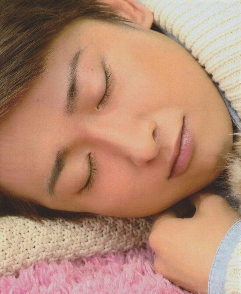 嵐の大野くんの寝顔アップの画像
