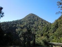 天岩戸神社と日室ヶ嶽1